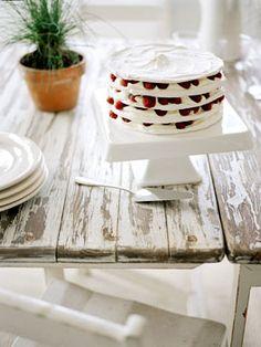 Meringue stack with raspberries and cream
