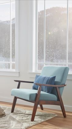 Cozy up your space this holiday season with a comfortable and stylish accent cha Accent Chairs For Living Room, Living Room Modern, Living Room Sofa, Living Room Designs, Living Room Furniture, Modern Furniture, Living Room Decor, Furniture Design, Cozy Furniture