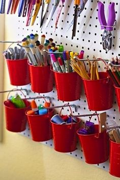 Amazing Pegboard Projects to decorate and organize your home. Tips, tricks, projects and pegboard tutorials. Craft Room Storage, Craft Organization, Pegboard Organization, Storage Ideas, Hang Pegboard, Classroom Organization, Wall Storage, Organizing Ideas, Creative Storage