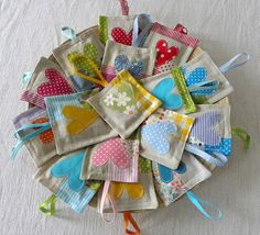 Wee lavander sachet by krakracraft on EtsyThis wee lavander cushion is a scented home decoration with soothing and relaxing touch, waiting only for you! :) These unique sachets are allArt in the Park as keychains! Lavender Bags, Lavender Sachets, Lavander, Craft Projects, Sewing Projects, Diy Gifts, Handmade Gifts, Sachet Bags, Diy And Crafts