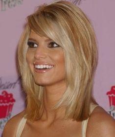 love this medium length hair cut...maybe when Im feeling a big change
