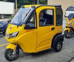 ZEV T3-1 Micro Enclosed Trike Electric Trike, Electric Cars, Crank Windows, Tricycle Bike, New Golf, Motor Scooters, Bike Accessories, Small Cars, Rear Seat