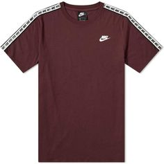 Nike Repeat Tee In Burgundy Nike Shirts Women, Nike Clothes Mens, Camisa Nike, Boys Nike, Tee Shirts, Tees, School Shirts, Nike Outfits, Athletic Outfits