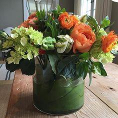 Gorgeous summer arrangement!