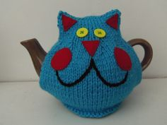 'Walter'  Cheeky Cat tea cosy