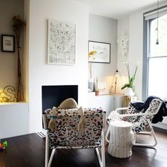 Genius ideas for making little living rooms appear much, much bigger
