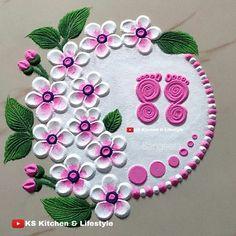 Rangoli Designs Simple Diwali, Simple Rangoli Border Designs, Rangoli Designs Latest, Rangoli Designs Flower, Rangoli Ideas, Rangoli Kolam Designs, Rangoli Designs With Dots, Beautiful Rangoli Designs, Mehndi Designs
