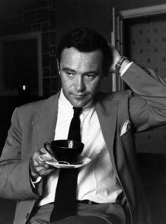Jack Lemmon, American actor (b. 1925) died on June 27, 2001