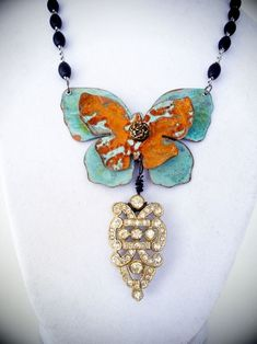Jack and Cat Curio make absolutely stunning jewelry - this with our Metal Butterflies! Jack and Cat Curio make absolutely stunning jewelry - this with our Metal Butterflies! Enamel Jewelry, Metal Jewelry, Pendant Jewelry, Vintage Jewelry, Jewelry Crafts, Jewelry Art, Jewelry Design, Unique Jewelry, Jewellery