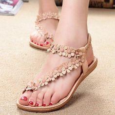 fb77e6913d33e Women Bohemia Flower Beads Flip-flop Shoes Flat Sandals