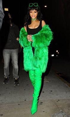 Rihanna Photos - 201