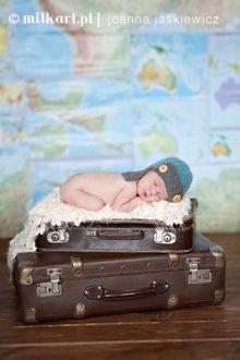 fotografia-noworodkow-poznan-sesje-noworodkowe-sesja-zdjeciowa-noworodka-sesje-niemowleca-fotografia-dziecieca-poznan-joanna-jaskiewicz-MILKart