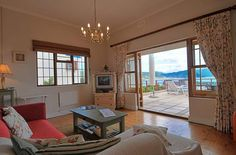 Holiday Cottages Simonstown in Victorian Charm Sleeps 4 #5499