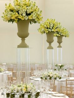 tall vases for wedding centerpieces | ... own wedding flowers 226x300 Tall vases wedding flower centerpieces