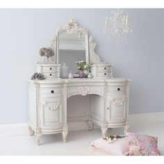 Bonaparte Dressing Table. #Frenchbedroomcompany #Frenchbedrooms #Romance