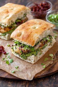 Gourmet Sandwiches, Healthy Sandwiches, Wrap Sandwiches, Sandwiches For Dinner, Low Carb Sandwich, Best Sandwich Recipes, Sandwich Ideas, Recipe Of Sandwich, Sandwich Cookies