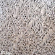 Moss Bordered Diamond is a versatile stitch. It's reversible