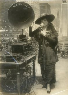Demonstrating the new Magnavox P.A. System, 1919 (vocalist Fritzi Scheff)