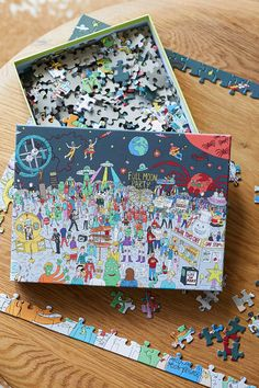 Where's Bowie? Jigsaw Puzzle   Urban Outfitters UK Fun Games, Party Games, Games To Play, Bowie, Full Moon Party, Urban Outfitters Home, Party Scene, Free Activities, Motif Floral