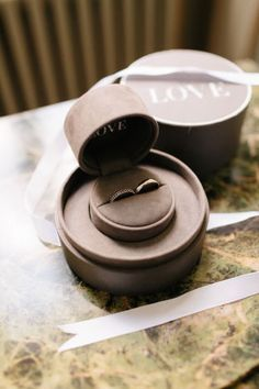 Vera Wang Wedding Rings (love the ring box!) | French Grey Photography by Brian Wright | Bridal Musings