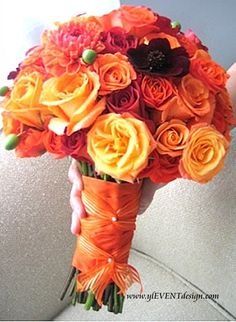 orange bouquet #wedding #flowers