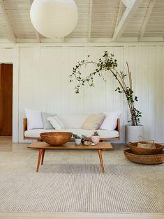 Interior Design Minimalist, Scandinavian Interior Design, Minimalist Home Decor, Interior Modern, Minimalist Furniture, Minimalist Living, Scandinavian Living Rooms, Scandinavian Apartment, Natural Interior