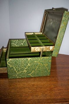 Jewelry box Japanese Black Lacquer Jewelry Music Box Music boxes