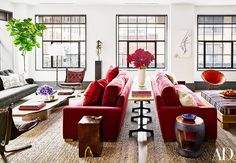 Naomi Watts & Liv Schreiber - 11 Chic Living Rooms From Our Favorite Celebrities via @MyDomaine