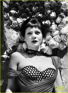 Carey Mulligan, photographed by Stevie & Mada for Flaunt magazine, June English Actresses, British Actresses, Leonardi Dicaprio, Star Wars, Carey Mulligan, Off White Dresses, Black Wig, Celebs, Celebrities