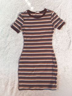 Only worn once for a family party! Super cute and comfortable! Size M but can also fit a small. Girls Fashion Clothes, Summer Fashion Outfits, Cute Girl Outfits, Cute Casual Outfits, Cute Summer Dresses, Cute Dresses, Girls Dresses Sewing, Classy Dress, Korean Fashion