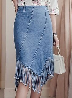 60 Colorful Skirts That Will Make You Look Great - - 60 Colorful Skirts That Will Make You Look Great Skirt outfits for winter 60 bunte Röcke, die Sie großartig aussehen lassen Röcke Mode Outfits, Skirt Outfits, Denim Dresses, Dresses Dresses, Dinner Dresses, Dress Skirt, Short Dresses, Fringe Skirt, Denim Skirt