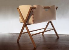 Cuna Moisés en madera y fieltro de pura lana por Woodlyecodesign,