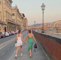 not my photos unless stated otherwise :)) European Summer, Italian Summer, French Summer, Best Friend Pictures, Friend Photos, Summer Vibes, Summer Dream, Summer Baby, Summer Aesthetic