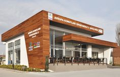Hospital Architecture, Retail Architecture, Commercial Architecture, Modern Architecture, Exterior Colors, Exterior Design, Retail Facade, Supermarket Design, Jollibee