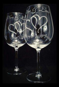 Etched Glassware, Glass Bottle Crafts, Glitter Wine, Folded Book Art, Antique Chandelier, Wedding Glasses, Painted Wine Glasses, Glass Etching, Glass Art
