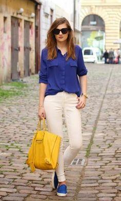 Look Azul e Amarelo com Slip On