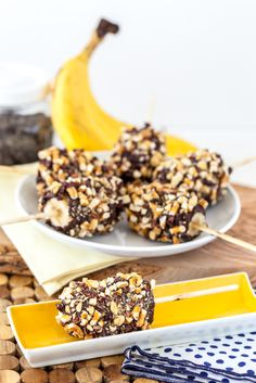 Frozen Bananas | This snack is super banana-licious. This is a great snack idea for today. #DiyReady www.diyready.com