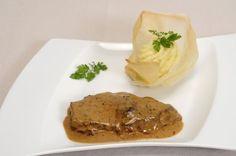 Recette de sauce au poivre très facile! Sauce Au Poivre, Camping Bbq, Marinade Sauce, Mayonnaise, Gravy, Seafood, Steak, Side Dishes, Pork