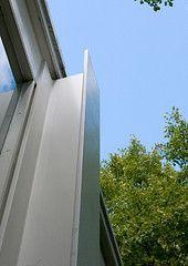 The Edith Farnsworth House, Plano, Illinois, 1951 Ludwig Mies Van Der Rohe, Casa Farnsworth, Illinois, Mid Century Exterior, Residential Architecture, Classical Architecture, Famous Architects, Bauhaus, Steel Buildings