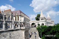 Προμαχώνας των Ψαράδων Hungary, Notre Dame, Taj Mahal, Mansions, House Styles, Building, Travel, Viajes, Manor Houses