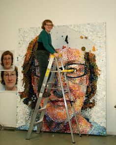 Diy Bottle Cap Crafts 361836151287204205 - If It's Hip, It's Here: Mary Ellen Croteau Creates a Self Portrait with Thousands of Plastic Bottle Caps. Plastic Bottle Caps, Bottle Cap Art, Plastic Art, Bottle Top, Diy Bottle, Water Bottle, Recycling, Reuse Recycle, Trash Art