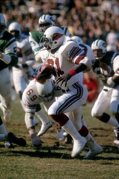 Terry Metcalf, 1975 Cardinals at Jets School Football, Nfl Football, Football Players, Football Helmets, American Football League, National Football League, Arizona Cardinals Football, Nfl Redskins, Football Conference