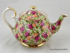 ROYAL ALBERT ENGLAND OLD COUNTRY ROSES CHINTZ LARGE TEA POT WITH LID