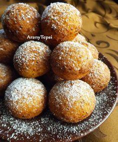 AranyTepsi: Egyszerű túrófánk Hungarian Recipes, Pretzel Bites, Bon Appetit, Donuts, Cake Recipes, Deserts, Muffin, Cooking Recipes, Yummy Food
