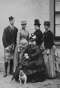 Prince Albert Victor ( Victoria's grandson) Princess Alexandra F. , Princess Beatrice of Battenberg (Victoria's daughter); and Princess Irene(daughter of Alice) and Queen Victoria (and doggo) The Pug, Queen Victoria Prince Albert, Victoria Reign, Victor Victoria, Princess Victoria, Alexandra Feodorovna, Pugs, Pug Dogs, Portraits Victoriens