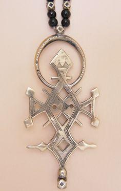 Tuareg Silver Jewelry Compass Cross Niger Boho by TuaregJewelry BY INEKE HEMMINGA https://www.etsy.com/listing/208960511/tuareg-silver-jewelry-compass-cross