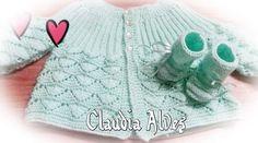 Oi amigas!! Este trabalho lindo é da Claudia Alves!! Faz tempo que ela me enviou no direct esta foto linda!! Ela fez o casaquinho Ana em verde e