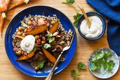 Braised chickpeas and carrots with quinoa and yogurt