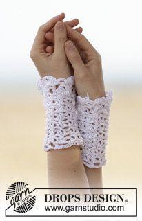 Crochet Ladies Short Cotton Wrist Warmer Summer by Silkwithasizzle