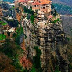 The breathtakingly beautiful 11th century Greek-Orthodox monasteries of Meteora. #greece #hellas #meteora #greek #greeks #greeklife #greekgirl #greekorthodox #orthodox